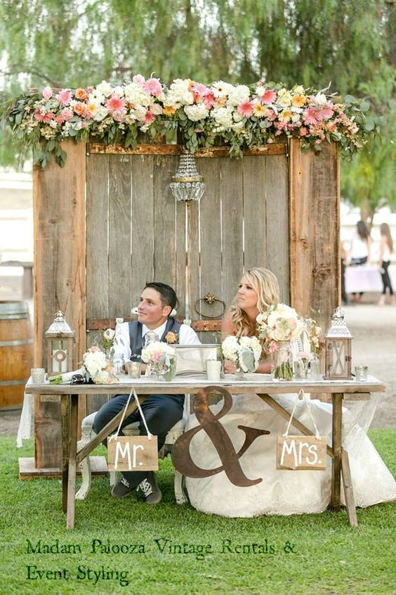 Top 20 Rustic Country Wedding Sweetheart Table Ideas | Rustic ...