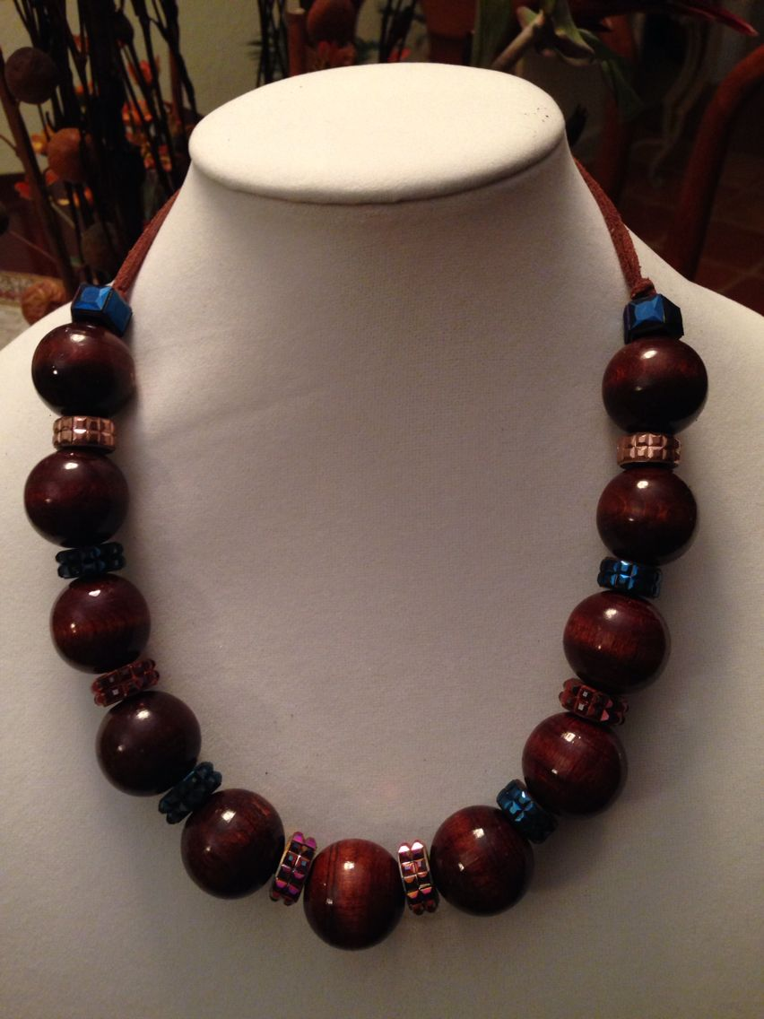 Wood, resin and leather necklace