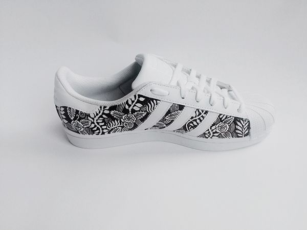 ADIDAS SUPERSTAR Hand Drawn with Sharpie pens on Behance