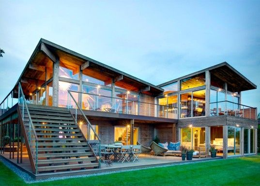 Sustainable Green Homes luxurious hamptons homes that work with the environment rather