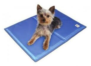 Pet Gel Mat Review And Giveaway With Images Pet Pads Pet Mat Dog Mat