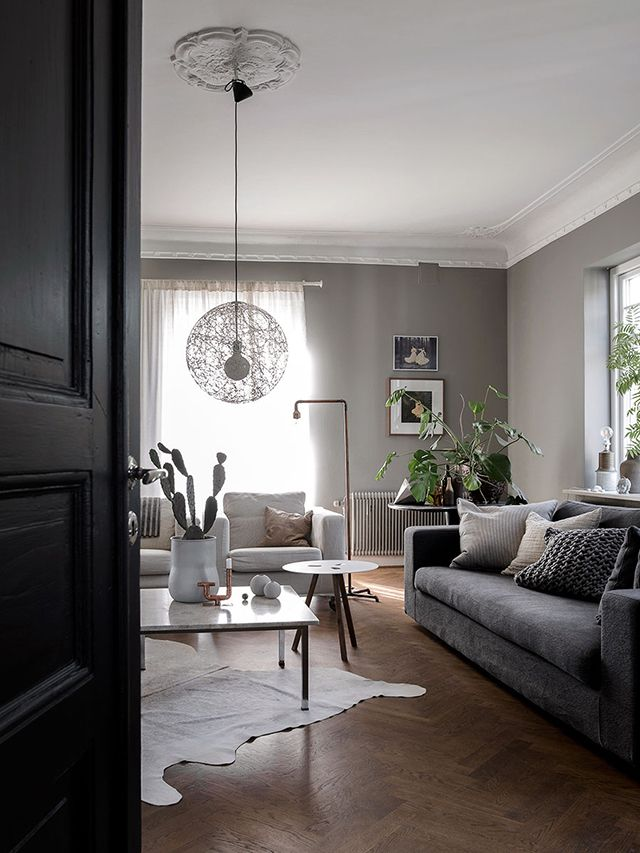Sitting room in the inspiring Skåne home of photographer / interior designer Daniella Witte (photos by Daniella, styling Emma Persson Lagerberg).