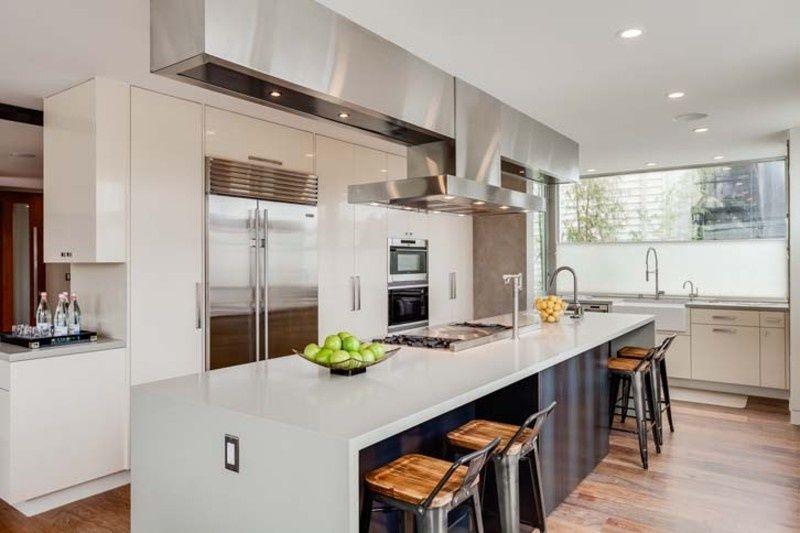 Modern Kitchen With Breakfast Bar Sub Zero French Door