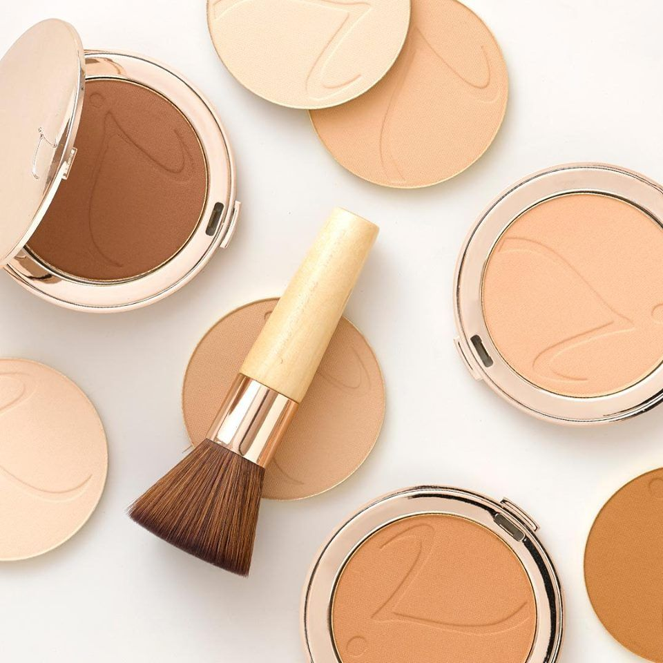 Product Spotlight PurePressed Base Mineral Foundation