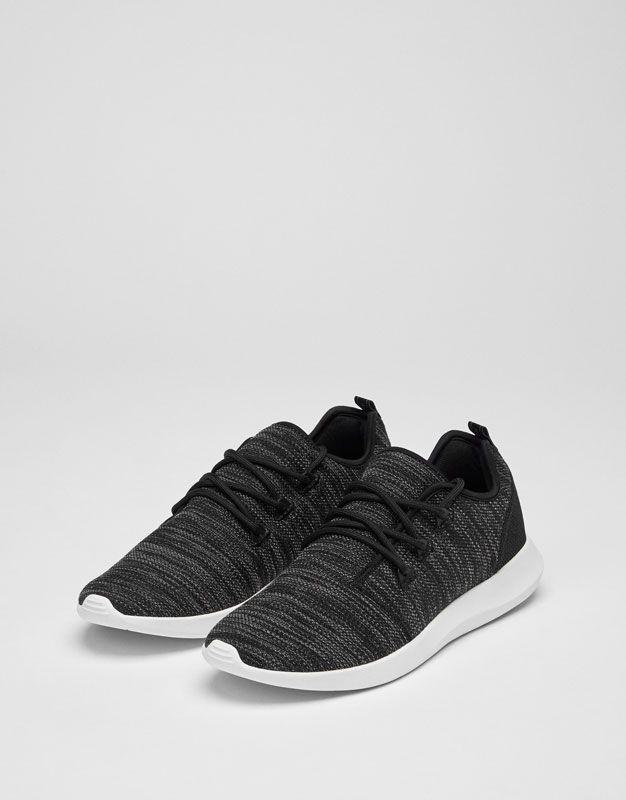 Deportivo asimétrico negro - Calzado - HIDDEN - PULL&BEAR Colombia. Zapatos  HombreZapatos ...