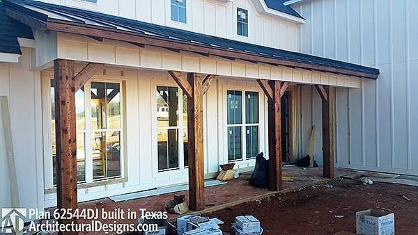 High Quality I Love This House! Move Fireplace So It Adjoins The Back Porch, Enlarge The  Mudroom/dog Room Into The Garage, With A Door By The Right Garage Door.