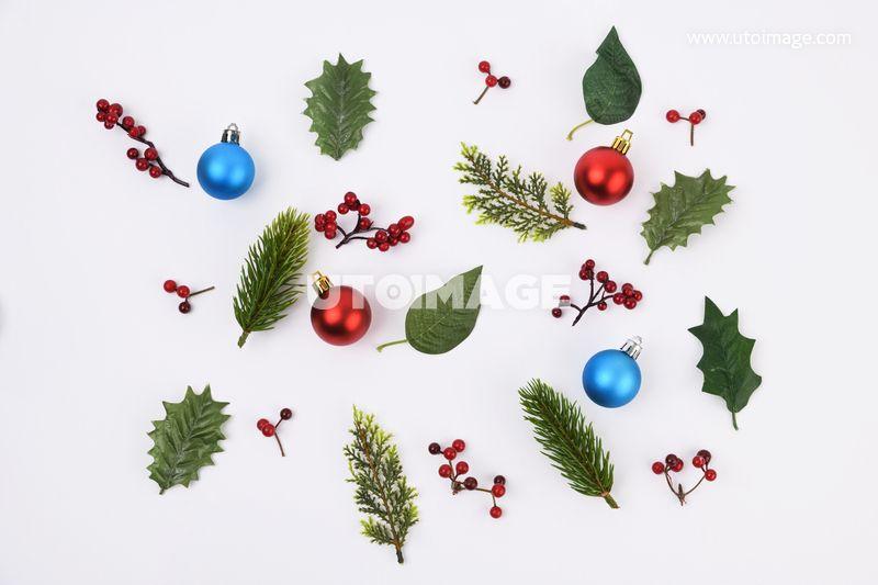 크리스마스오브젝트 064 Pho619 유토이미지 사진 Pho619a 크리스마스 크리스마스소품 크리스마스장식 겨울 계절 기념일 사람없음 컨셉 배경없음 누끼 실내 스튜디오 오너먼트 장식 트리장식 소품 트리 크 크리스마스 트리 크리스마스