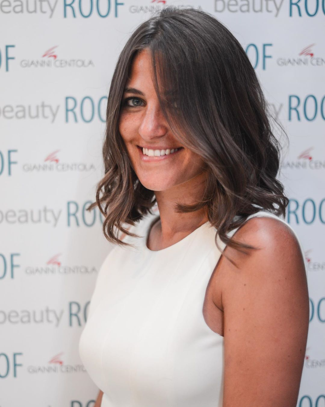 Beautyroof By Gianni Centola Tutti I Giovedi Dalle 17 00 Alle 21 00 Il Nostro Happy Hour A Base Di Relax E Divertimento Are Y Hairstyle Hair Tutorial Beauty