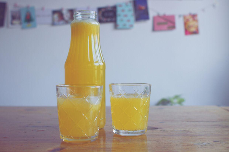 Feest zonder alcohol: citroensinaasappellimonade