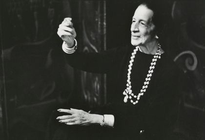 Diana Vreeland, photograph by Deborah Turbeville for Vogue, December 1980. #GIRLSKICKASS