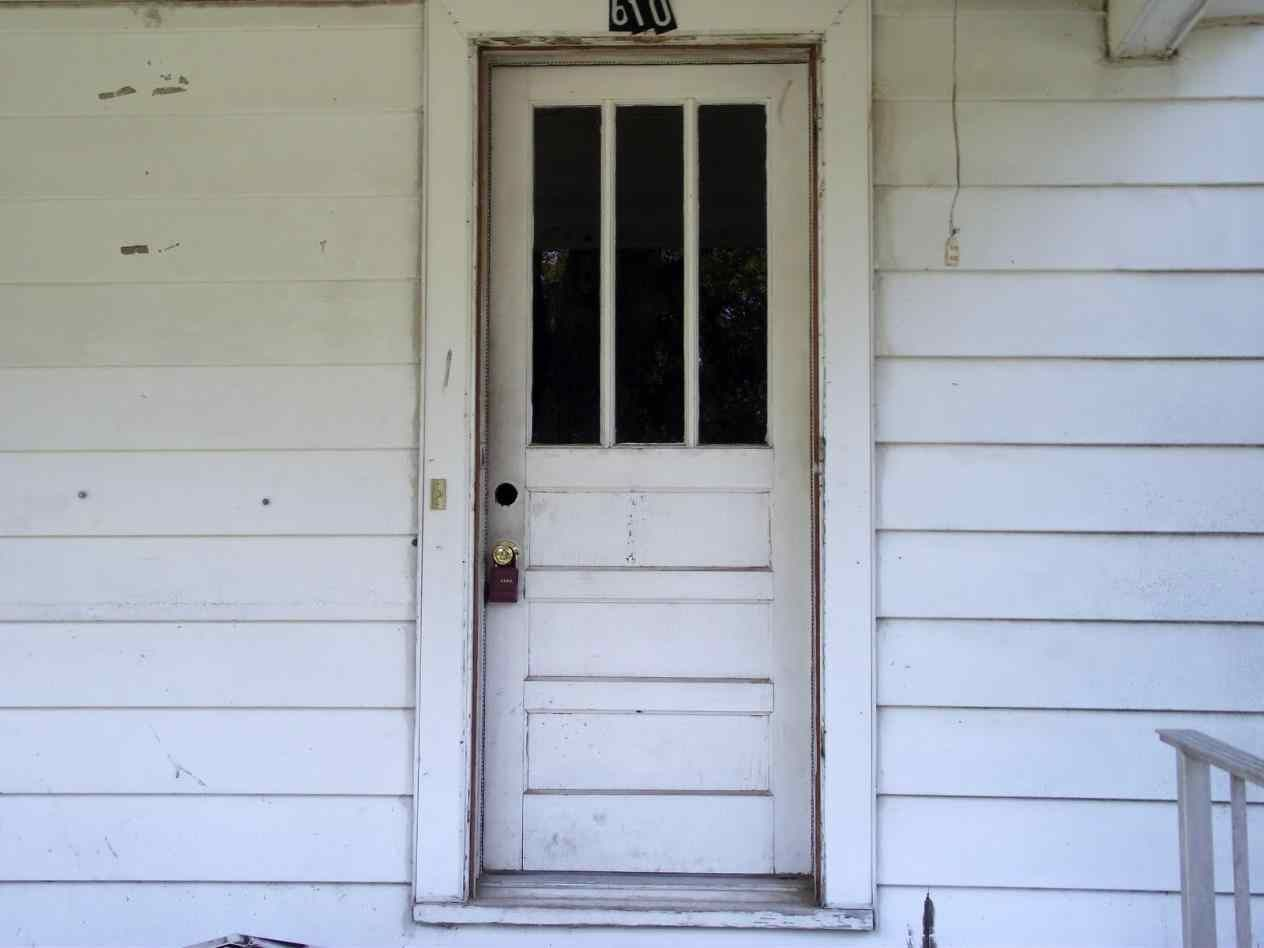 Character With Vintage Door Knob The Wood Grain Cottage Adding Antique  Front Door Hardware Character With A Vintage Door Knob The Wood