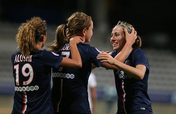 Les Parisiennes mènent 2 buts à 0 face à Wolfsburg en 1/2 finale aller d'@UWCL. Buts de @SabDelannoy & @ShirleyCruzCR