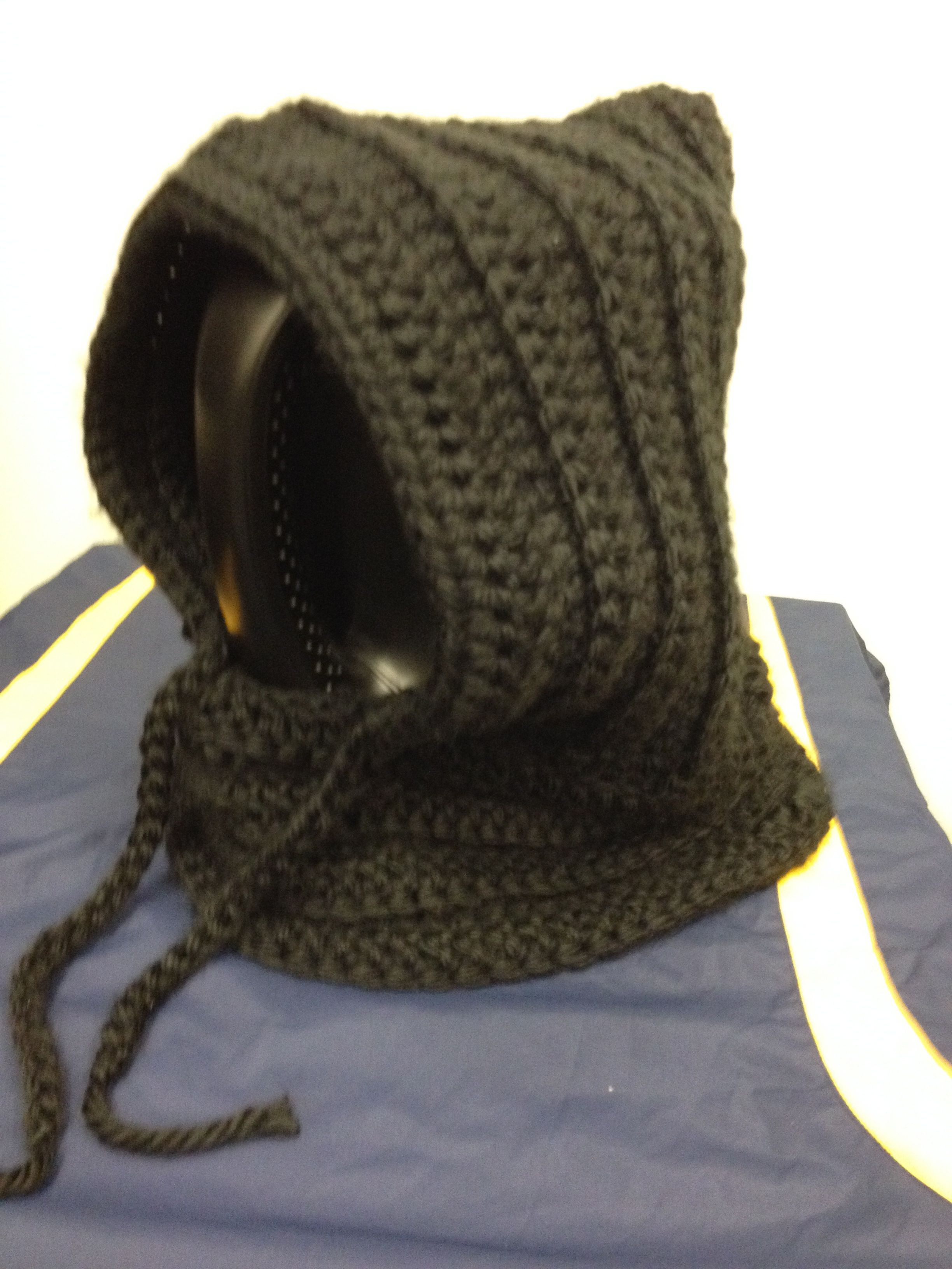 Hooded neck warmer | Neck warmer, Winter hats, Knitted scarf