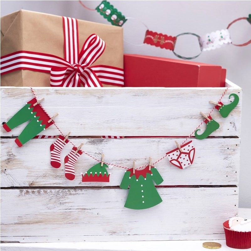 The Kids Clothesline The Kids Will Love This Fun Elf Clothing Bunting This Is The