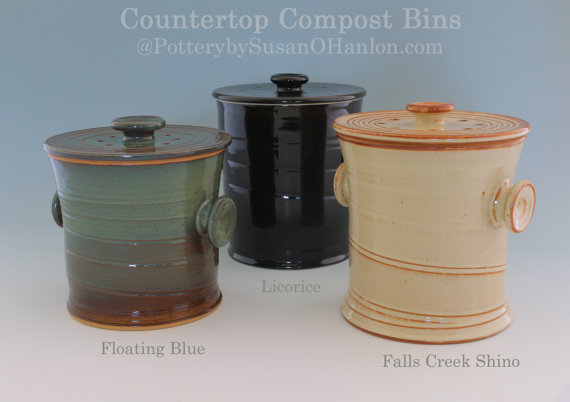 Countertop Compost Bin Recycle Garbage Kitchen Scraps Coffee Grinds 12 Cups Functional Kitchen Pottery Handmade Gift For Gardener Cook In 2020 Compost Container Pottery Compost