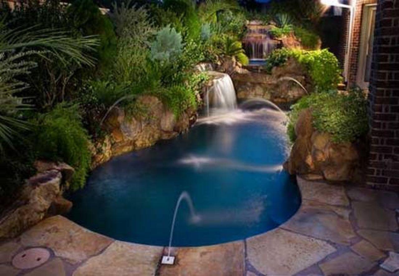 Resultado de imagem para tiny pool ideias para a casa for Small space swimming pools