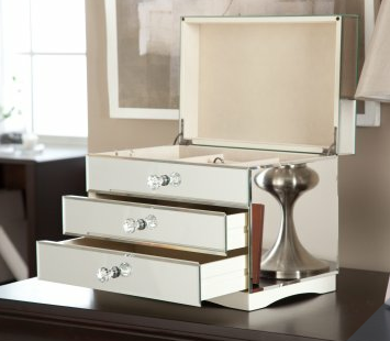 Jewelry Box To Store Your Makeup ; ) I Would Want This But In Blue