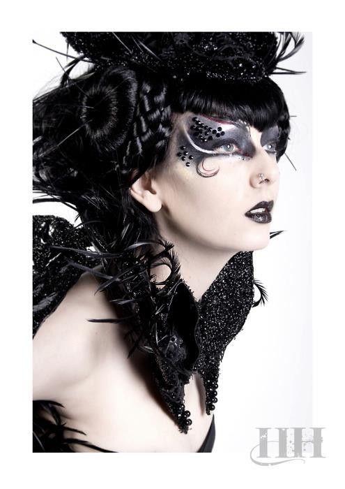 style gothique belle femme biz makeup gothique. Black Bedroom Furniture Sets. Home Design Ideas