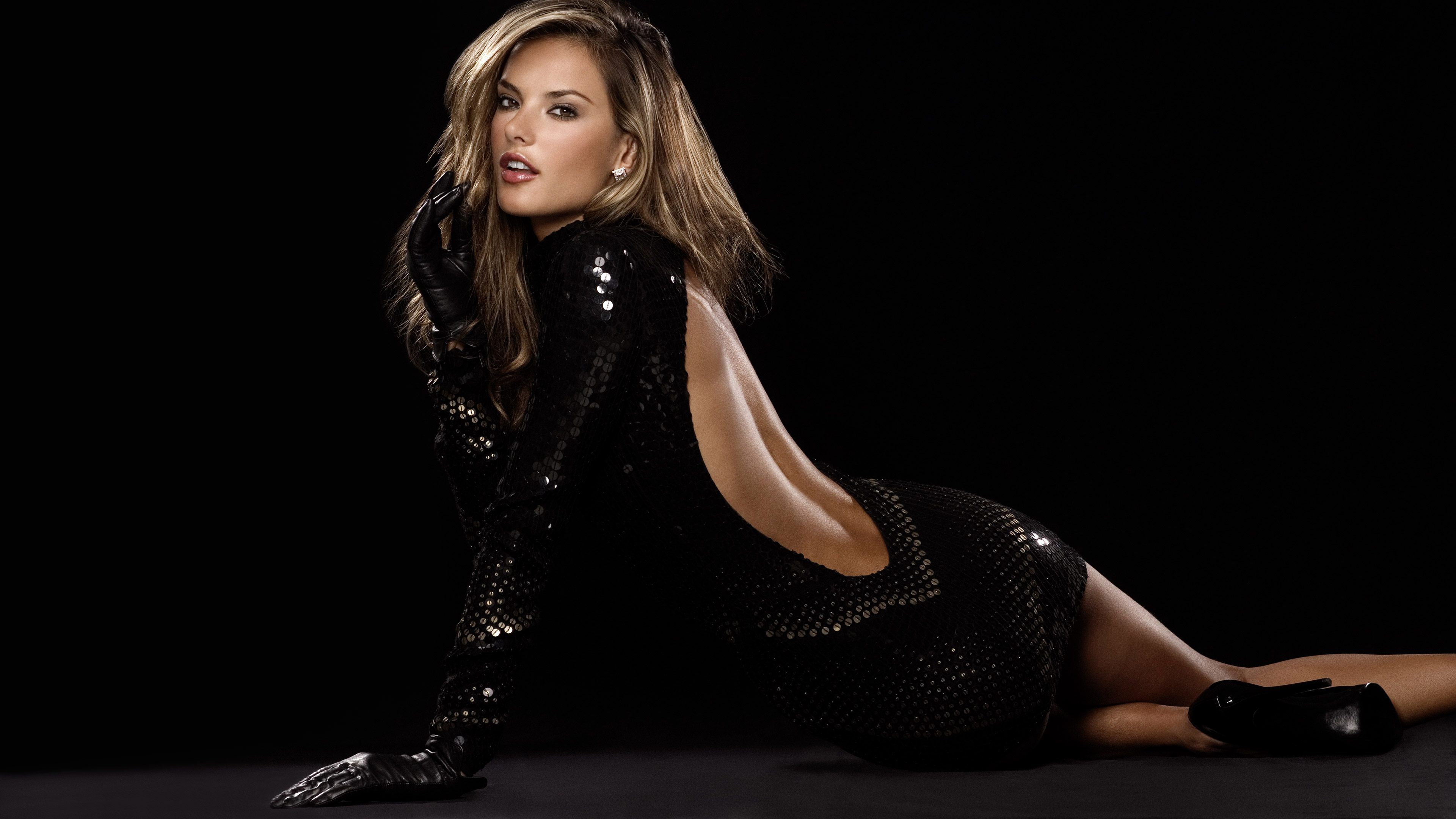 Model Y Hd: Alessandra Ambrosio Ultra HD 4K Wallpaper Of Brazilian