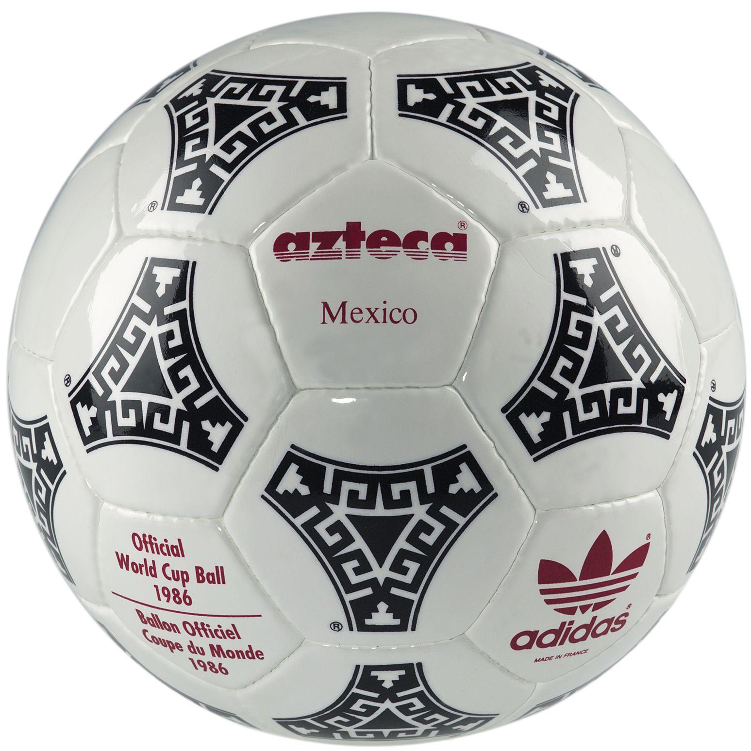 low priced 2b529 61e2a Adidas Azteca. fue el primer balón oficial sintético de la Copa Mundial de  la FIFA