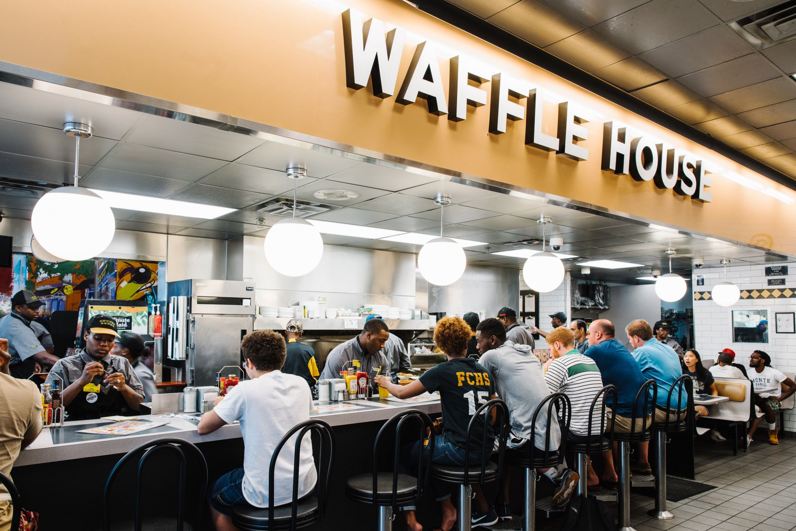 Meet The Short Order Cooks So Good Waffle House Officially Calls Them Rockstars Waffle House Best Cooking