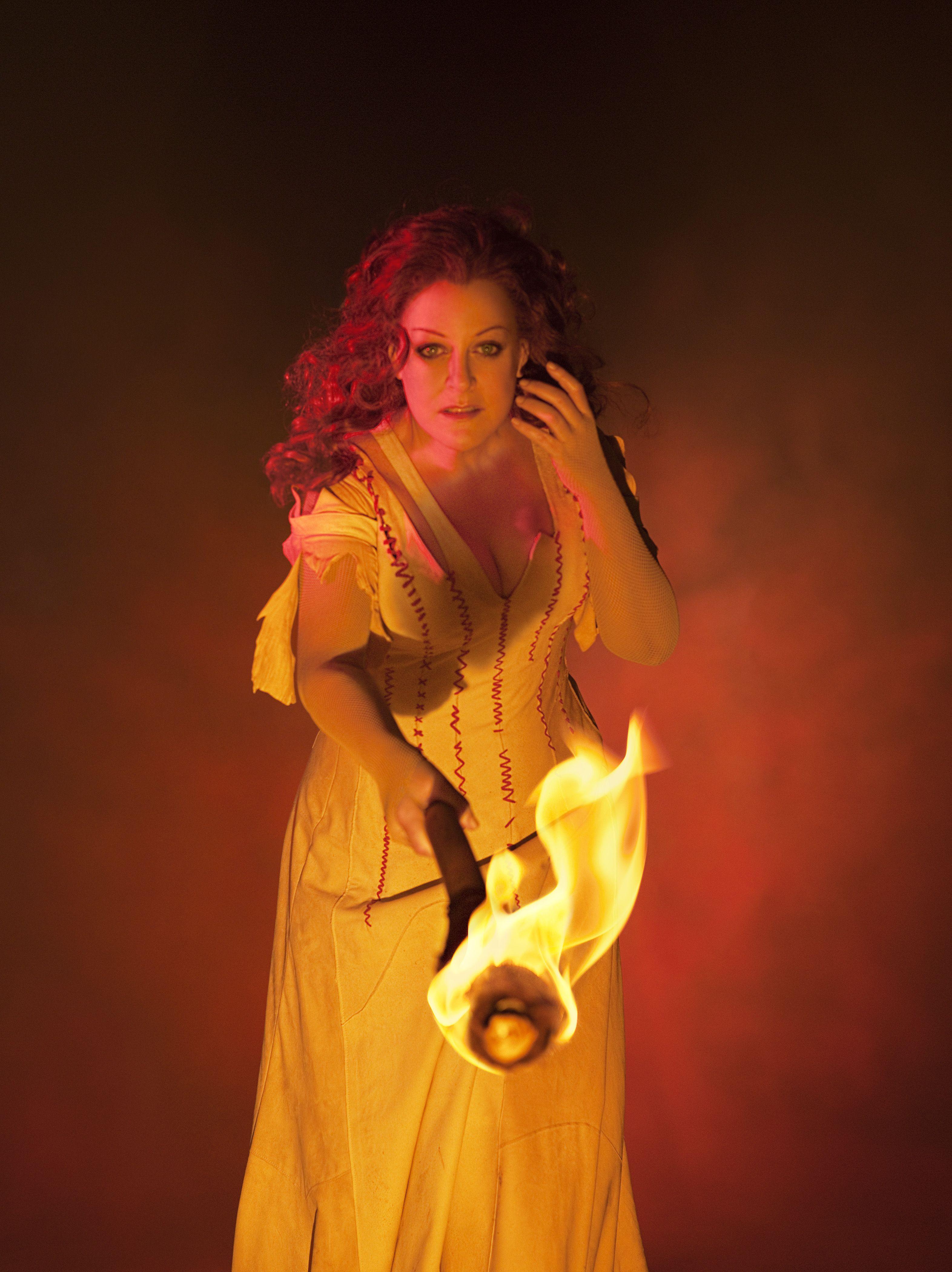 Götterdämmerung C'mon Brünnhilde, light my fire