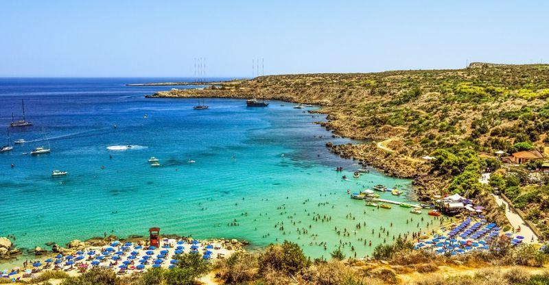 خليج كونوس بمدينة أيانابا في قبرص Most Beautiful Beaches Travel Around The World Beach Paradise