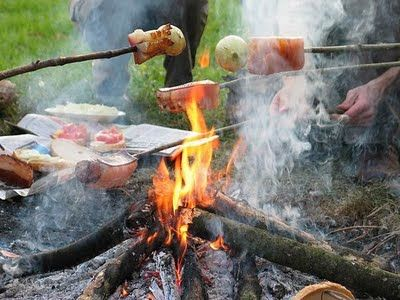 Hungarian Szalonna...campfire, slab of pork, bread and drinks!