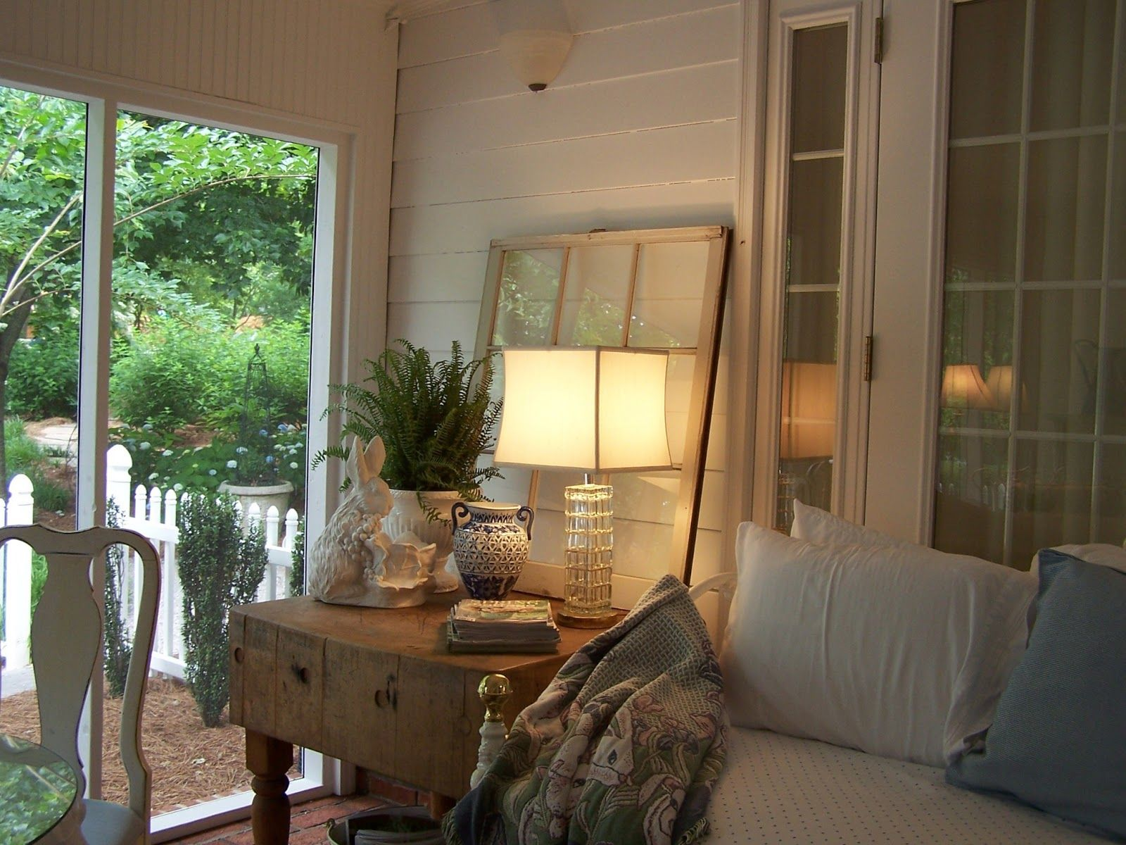 day bed on screened porch - Google Search