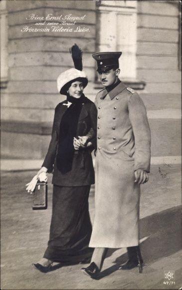 Postcard Prinz Ernst August von Braunschweig, Prinzessin Viktoria Luise, Novitas 47 71