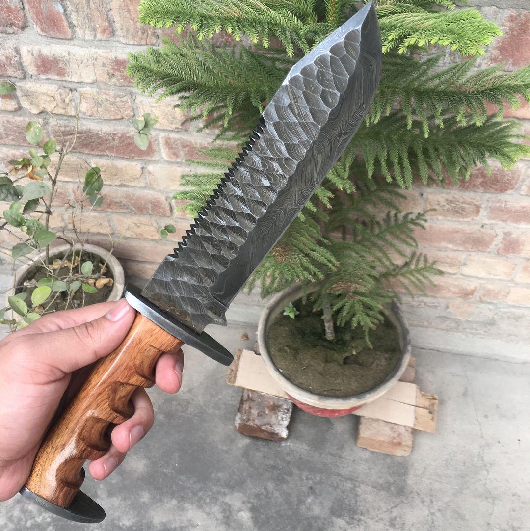1 080 Otmetok Nravitsya 9 Kommentariev Nrknives Nrknives110 V Instagram Damascus Tactical Bowie Is For Sale Bad Knife Damascus Steel Knife Bowie Knife
