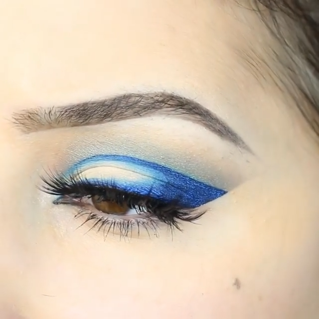Photo of Glam Blue Eye Makeup Tutorial