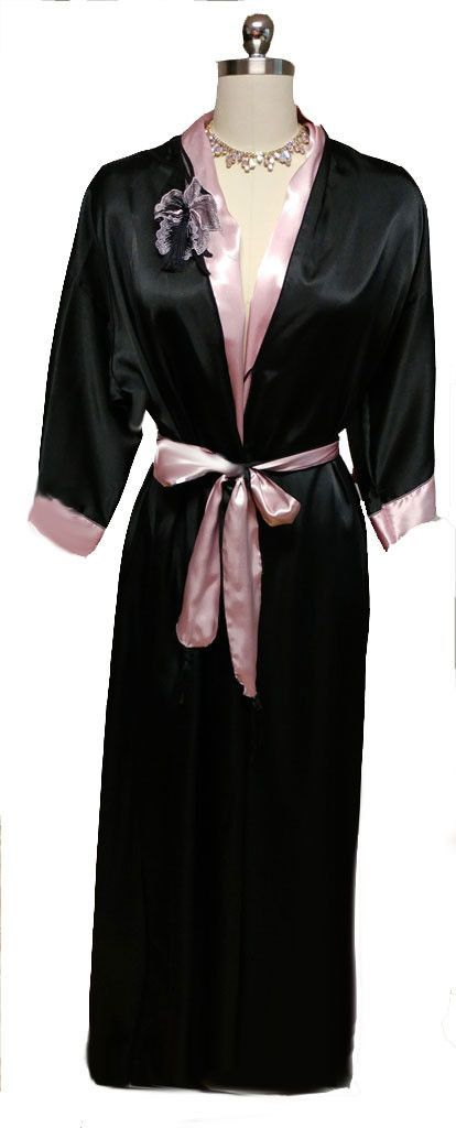 5b4c1516bfe VINTAGE DONNA RICHARD LUXURIOUS BLACK   PINK SATIN PEIGNOIR ADORNED WITH AN  ORCHID APPLIQUE WITH TASSEL