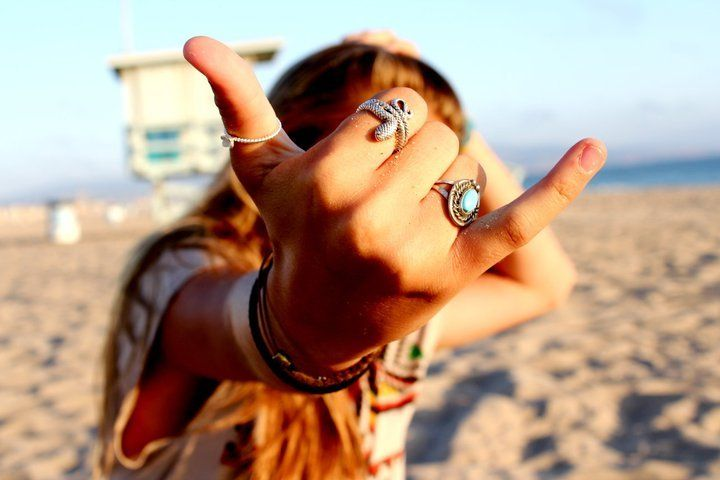 Turning not caring into a lifestyle. | Summer tumblr, Summer of love, Beach  girl