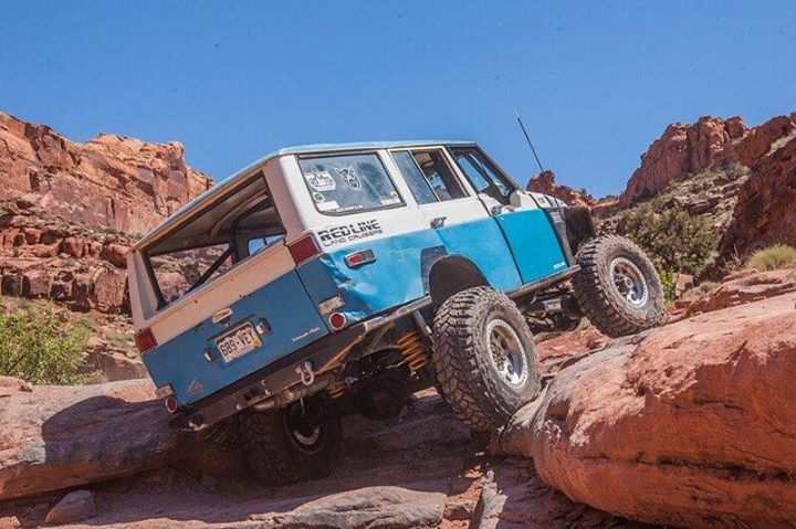 War Pig! This rig really shows us that these FJ55 fat pigs can do! #warpig #fj55 #blue #moab #linked #4WDTO #offroad #4x4 #rockcrawling http://ift.tt/29Frh8f