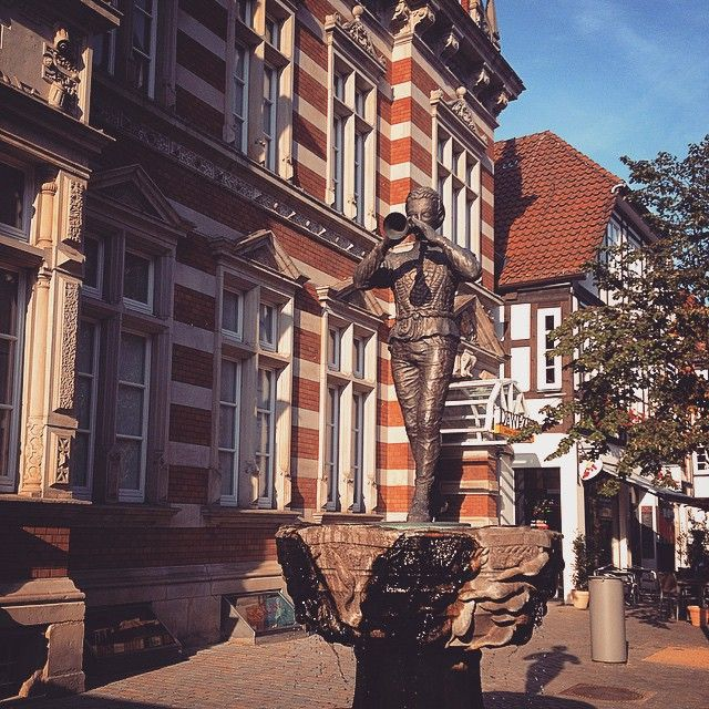 Joueur de flûte de Hameln  #travel