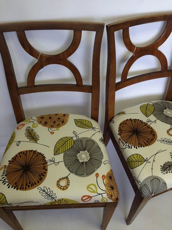 Pair Of Drexel Dining Chairs With New Funky Fabric In 1 Great Meadow Lane East Hanover Nj 07936 Usa Apartment Therapy Clifieds