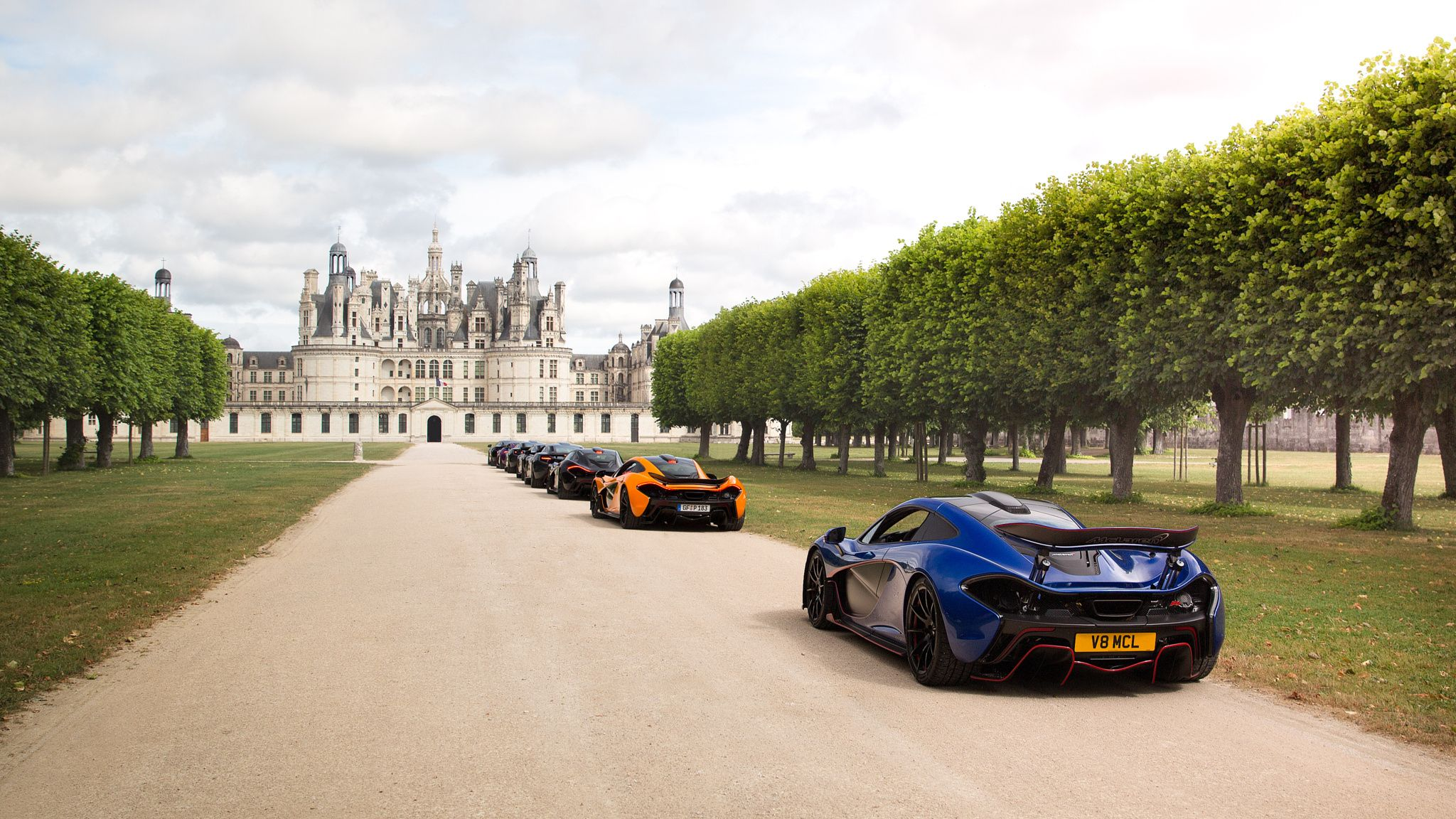 Mclarens at Château de Chambord by Sam Moores on 500px