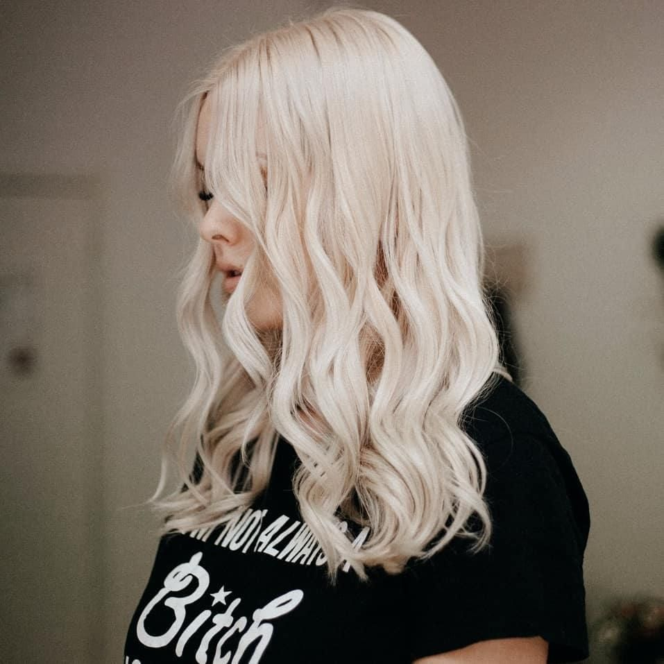 The Coolest Platinum Blond Hair Inspo That Ll Have You Calling