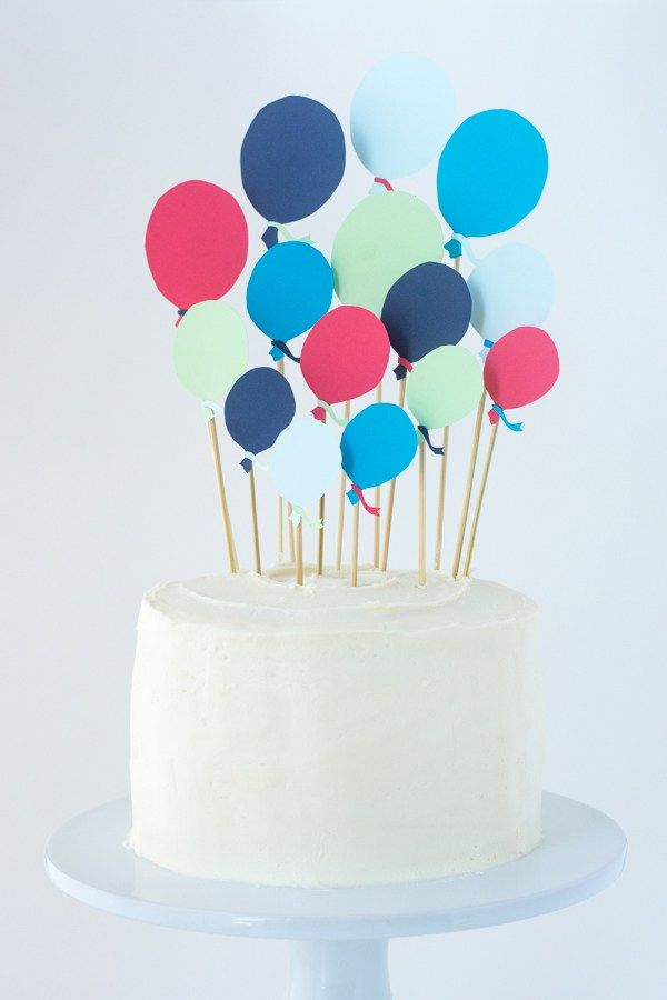 A First Birthday Cake With Paper Balloons Birthday Cakes