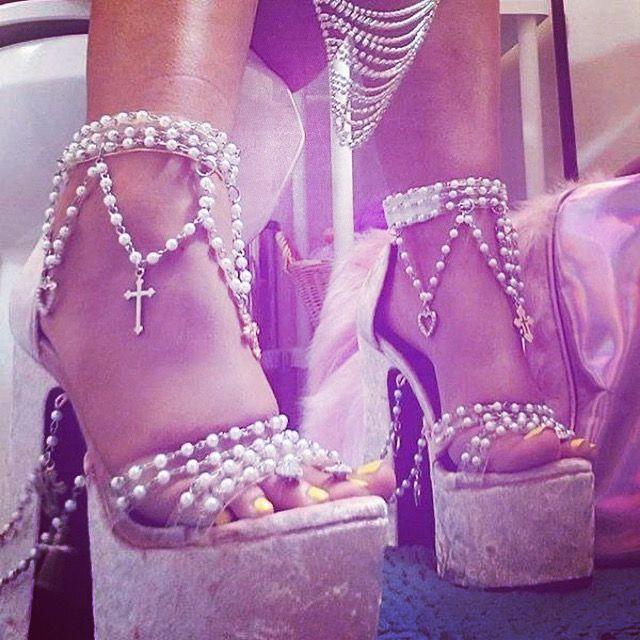 #heels #heelsaddict #animeaesthetic #softgirl #softaesthetic