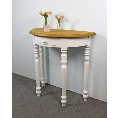 Halbrunder Wandtisch.Halbrunder Wandtisch Seine Halbrunde Bauweise Und Die Vier