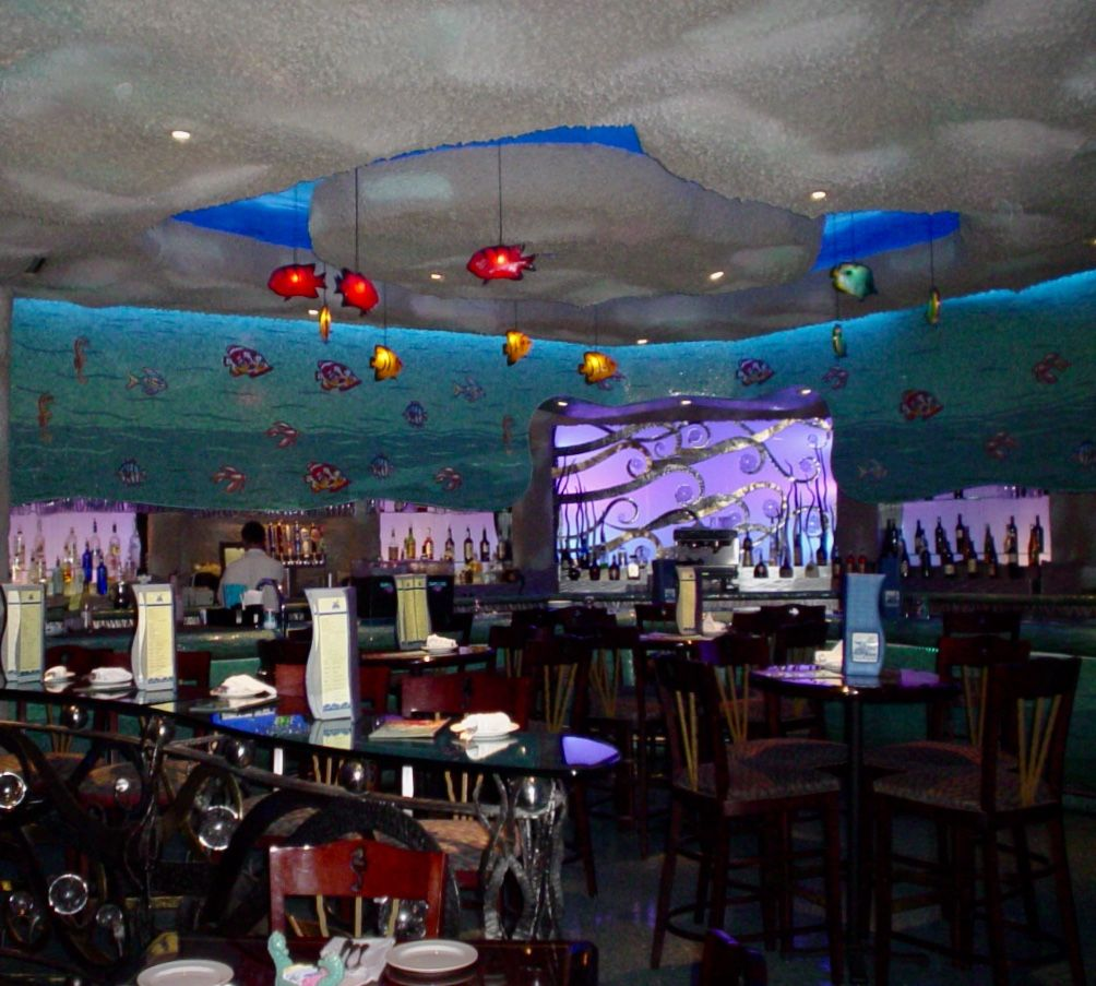 Aquarium Restaurant, Nashville, Tennessee (With images ...