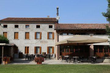 La Colombara, www.lacolombara.upps.it, Das Colombara befindet sich an einem ruhigen Platz im Dorf Lissaro, auf halber Strecke zwischen Padua und Vicenza in der Nähe von Marostica, Bassano, Cittadella, Monselice, Este und Montagnana, ideal für diejenigen, die Entspannung, raus aus dem Stadtverkehr und Landluft atmen wollen.