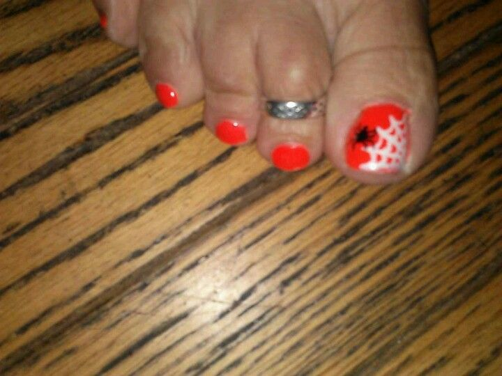 Toe nails, nails, halloween, freehanded, spider, web ...