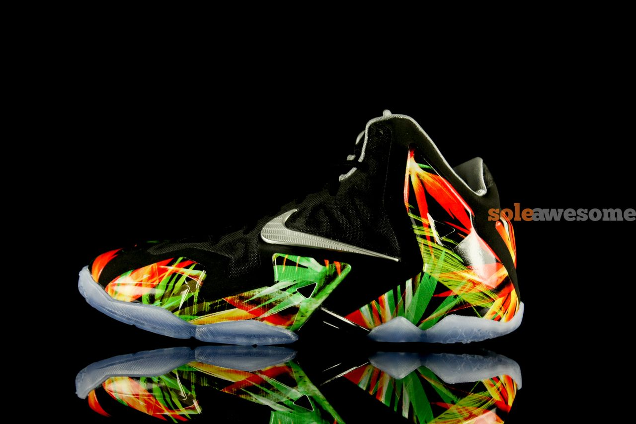 Another look at the Nike LeBron 11 Reverse King\u0027s Pride in GS sizing.