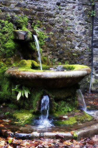 Lismore Castle Water Feature #waterfeatures