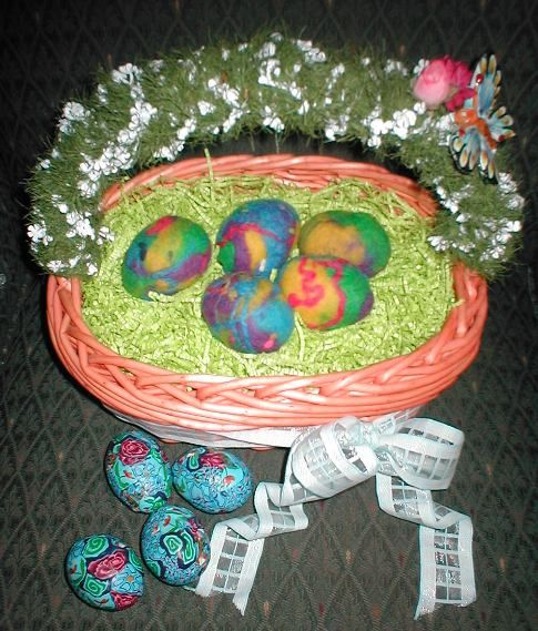 felted eggs