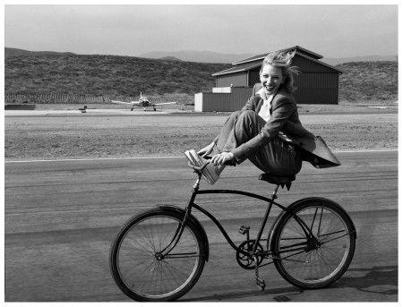 Kate Blanchet by Annie Leibovitz 2004