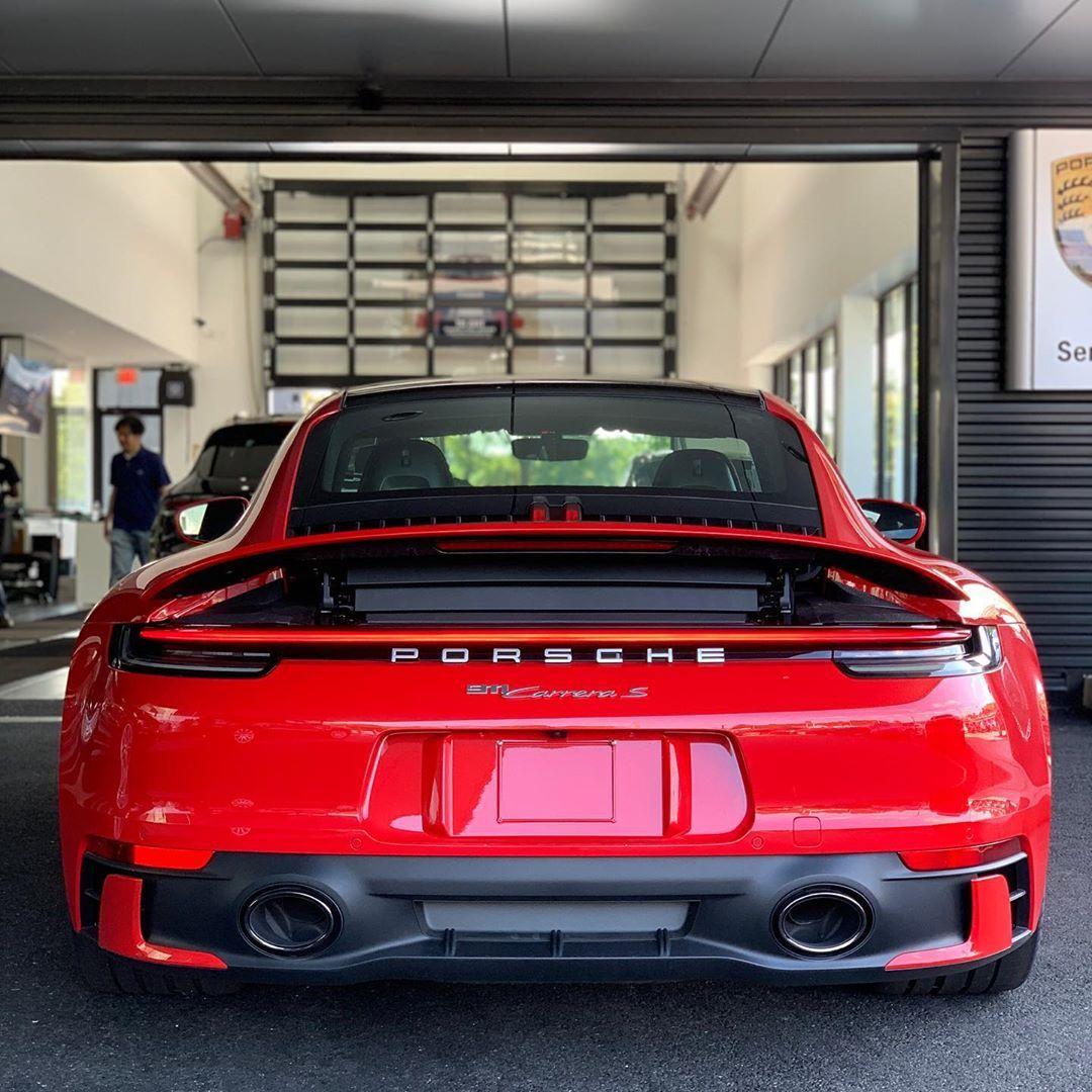 Earl Karanja On With Images Porsche Cars Porsche 911 Sports Cars